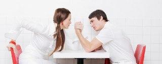 مردان قوی تر هستند یا زنان؟
