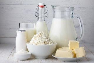چرا دوغ خواب آور است چرا شیر خواب آور است دوغ شیر ماست پنیر