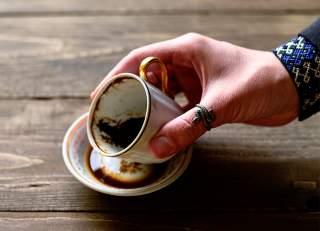 مثلث در فال قهوه معنی مثلث در فال قهوه دیدن مثلث در فال قهوه نشانه ی مثلث در فال قهوه معنای مثلث تعبیر مثلث در فال قهوه