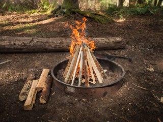 آتش درست کردن آتش در طبیعت آتش