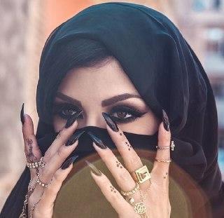 خط چشم عربی کشیدن خط چشم عربی