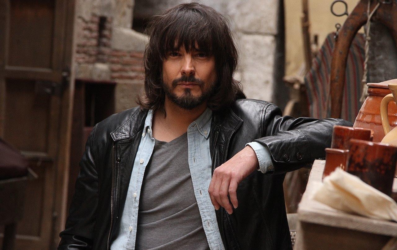 صورة غونزالو في مسلسل النسر الاحمر