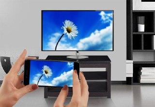 ۵ راه برای نمایش صفحه تلفن خود در تلویزیون